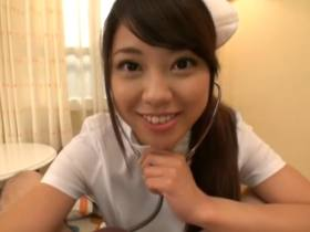 AKB48系の可愛い女子がナースコスプレでフェラ抜きして口から精子がダラー。